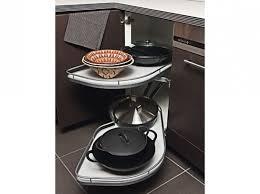 am駭agement meuble d angle cuisine amenagement placard d angle cuisine stunning les plateaux sortent
