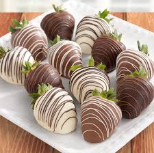 chocolate covered strawberries where to buy milk and white delight chocolate covered strawberries 12