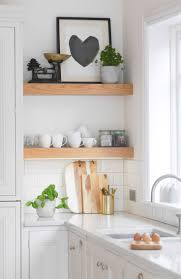 White Kitchen Ideas Uk by Best 25 White Counters Ideas Only On Pinterest Kitchen Worktop