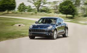 2015 porsche macan s white 2017 porsche macan pictures photo gallery car and driver