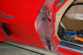 1968 82 corvette door hinge and window repair cc tech