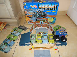 toy bigfoot monster truck bigfoot crunch arena imgur