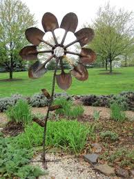 Metal Garden Flowers Outdoor Decor Garden Decor And Fun In The Garden Hometalk