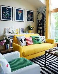 mustard home decor decorating with berry hues and mustard colors decoholic