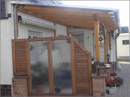 balkon pavillon bei obi terrassen verkleidung holz sichtschutz balkon selber
