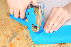Electric Staple Gun Upholstery Electric Vs Pneumatic Staple Gun What Are The Differences