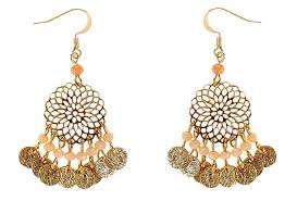 accessorize earrings kate middleton wows with 2 500 indian designer earrings