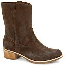 amazon com ugg australia s boots mid calf amazon com ugg australia womens rioni boot chocolate 11 mid calf