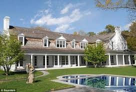 Where Does Clinton Live Exclusive Clintons Go House Hunting In Hamptons With Upmarket