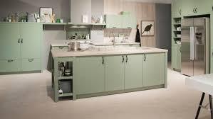 repeindre cuisine en bois repeindre cuisine en gris amazing design repeindre sur peinture