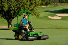 john deere golf introduces 2011 product year updates
