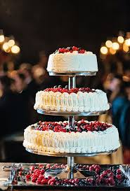 Wedding Cake No Icing Nontraditional Wedding Cake Ideas Brides