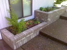 Cheap Planter Boxes by Best 25 Brick Planter Ideas Only On Pinterest Brick Garden