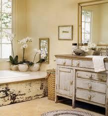 antique bathroom ideas best vintage bathroom ideas courtagerivegauche