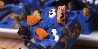 cookie monster fudge is a fun halloween treat
