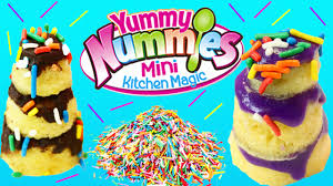 yummy nummies giant birthday cakes party kit magic tiny kitchen