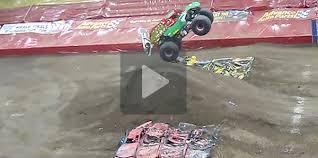 monster truck videos for jammin at the monster jam in boring pittsburgh