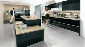 nettoyer la cuisine porte de cuisine en bois meuble cuisine bois noir comment nettoyer
