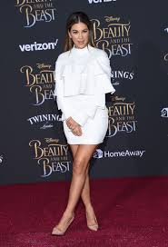 Homeaway Los Angeles by Liz Hernandez At Beauty And The Beast Premiere In Los Angeles 03