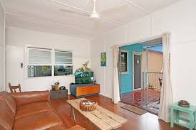 yamba close to beaches blue house houses for rent in yamba new