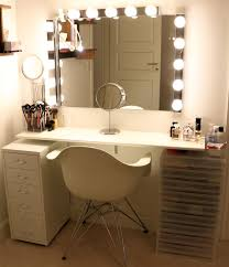 broadway lighted vanity makeup desk vanity dressing table makeup station www achtungbeauty com