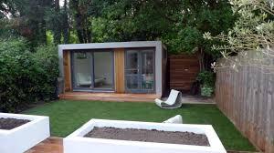 narrow summer house design ideas on small garden space
