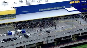 New Ikea Crowds Gather For Opening Of Massive New Ikea Store In Burbank Ktla