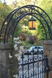 Garden Trellis Design by 110 Best Trellis And Arches Images On Pinterest Garden Ideas