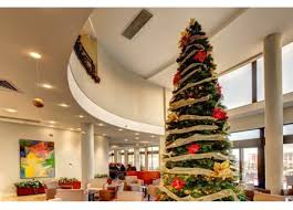 christmas day buffet lunch at marina hotel corinthia beach resort