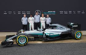 mercedes f1 team catch mercedes f1 drivers lewis hamilton and nico rosberg at iwc