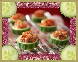 canapés saumon fumé recette de cuisine canapés de concombre au saumon fumé