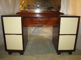 Antique Makeup Vanity Table The Idea About Woman U0027s Beauty And Vintage Vanity Table Home