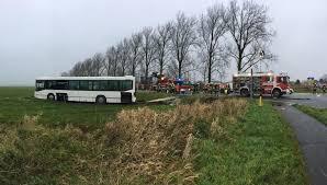 Esszimmer Bad Oeynhausen Speisekarte 181639617 Bus Landete Auf Wiese Jpg