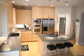 Kitchens With Maple Cabinets Modern Kitchen With Maple Cabinets And Quartz Counters