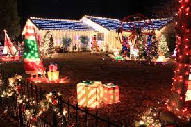 100 pictures of christmas decorated homes the 25 best