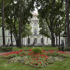formal garden in front of the winter palace state hermitage