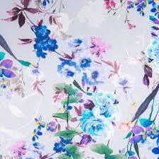 Le Violet Lui Donne Du Caractère De L Tissu Scuba Crêpe Impression Digitale Motif Fleurs Nuances De Violet