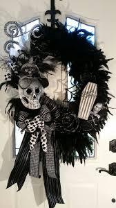 34 Timelessly Elegant Black And White Kitchens Digsdigs by 70 Ideas For Elegant Black And White Halloween Decor Digsdigs
