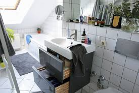 sink bathroom decorating ideas 21 small bathroom decorating ideas