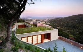 Slope House Living Roof On Slope House Merges Beautifully With California