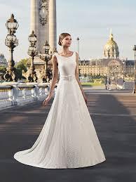 robe de mari e l gante robe de mariée sarov robe de mariée élégante et délicate pronuptia