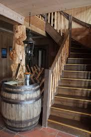cave a vin sous sol idées de cave à vins bouteilles barriques et casiers