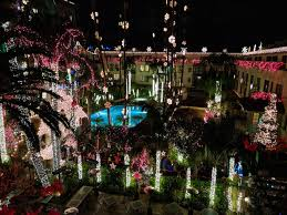 these 4 5 million x mas lights are just a 7 round trip train ride