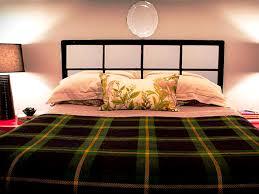 bedroom attractive home bedroomer featuring black wall scheme