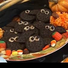 VIDEO 5 easy DIY Halloween party ideas Features