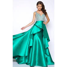 formal gowns best 25 emerald green evening gown ideas on emerald