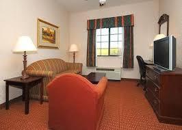 Sofa Mart Waco Tx Quality Inn U0026 Suites Near University Waco Tx Hotel
