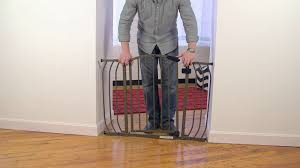 Summer Infant Banister Gate How To Install The Summer Infant Home Decor Safety Gate Youtube