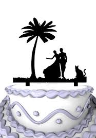 bride and groom with pet cat wedding cake topper wedding cake
