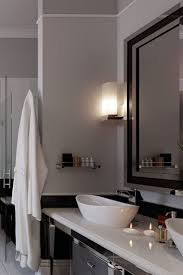 Modern Basins Bathrooms by Best 20 Modern Luxury Bathroom Ideas On Pinterest Luxurious
